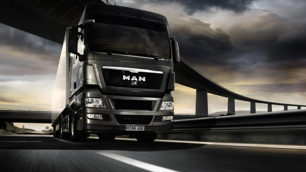 wallpapersxl-heavy-vehicle-man-tgx-truck-96728-1366x768